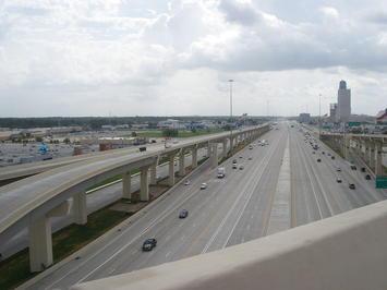 1200px-RF_-_Houston_Texas_IH10.1.jpeg