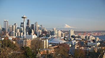 1200px-Seattle_4.jpg