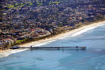 1280px-San_Clemente_CA_Photo_D_Ramey_Logan.jpg