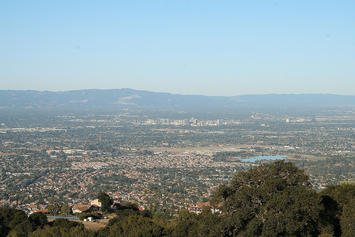 1599px-San_Jose_Skyline_Silicon_Valley.jpg