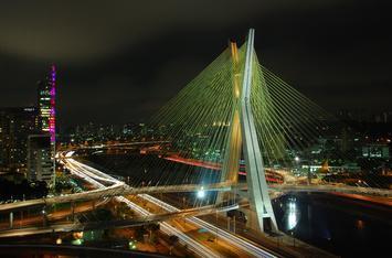 1920px-Ponte_estaiada_Octavio_Frias_-_Sao_Paulo.jpg