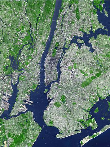 452px-Aster_newyorkcity_lrg.jpg