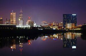 640px-Downtown_Indianapolis-Skyline-Night-300x195.jpg