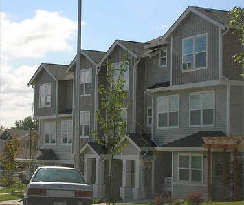 642px-New_Holly_Affordable_Housing_Seattle.jpg