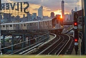7-train-new-york-subway-mta-300x203.jpg