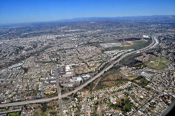 800px-Aerial_-_Oak_Park,_San_Diego,_CA_01.jpg