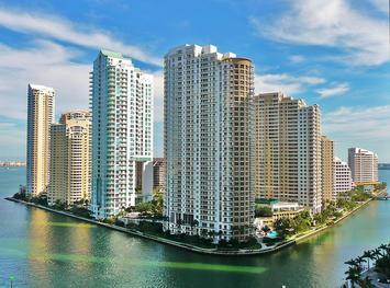 800px-Brickell_Key_from_north_20100211.jpg