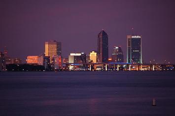 800px-Jacksonville,_FL (1).jpg
