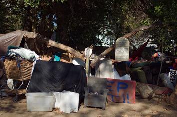 Arroyo_Seco_Homeless_Encampment_04.jpg