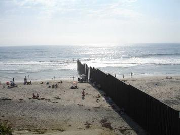 Borderbeachtj.jpg