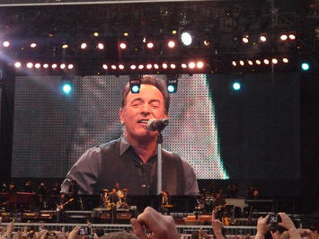 Bruce Springsteen 2013.jpg