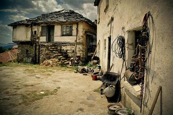 Bulgaria- dirt road.jpg
