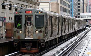 Chicago_Transit_Authority_Orange_Line_Train_on_the_loop.jpg