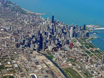 Chicago_as_seen_from_a_commercial_flight_03.JPG