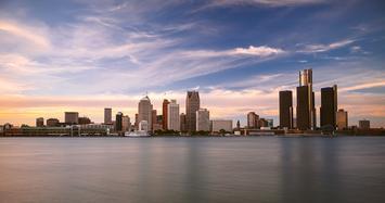 Detroit_Skyline_michael-tighe.jpg