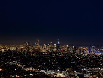 Downtown_Los_Angeles_at_Night.jpg