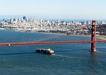 Golden_Gate_Bridge,_SF_(cropped).jpg
