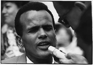 Harry_Belafonte_Civil_Rights_March_1963.jpg