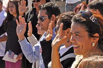 Naturalization_Ceremony_Grand_Canyon_20100923mq_0555_(5021872334).jpg