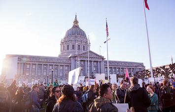 San_Francisco_City_Hall_at_NoBanNoWallSF_Rally_-_Feb_4,_2017_(31917946093).jpg
