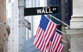 Wall St sign;flag, iStock_000007320216XSmall.jpg