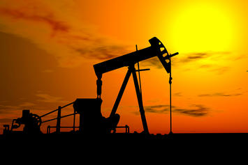 bigstock_Oil_Pump_Under_Hot_Sky_1304057.jpg