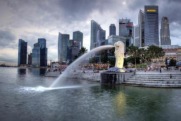 bigstock_SINGAPORE-DEC___The_Merlion__16453811.jpg