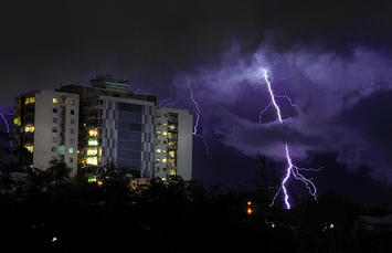 brisbane-lightning.jpg