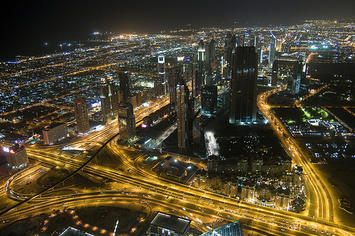 dubai-night.jpg
