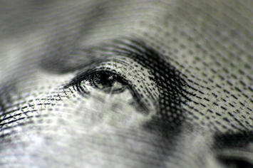 eyeball on a US dollar935756569_18aac96892.jpg