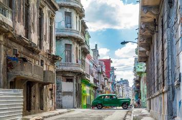 havana-vintage-car.jpg