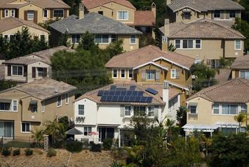 house_solar.jpg