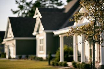 houses-691586_1280 (1).jpg