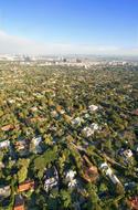 suburbscape-iStock_000006013811XSmall.jpg