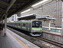tokyo-train.jpg