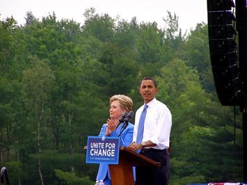 1200px-Obama_unity.jpg