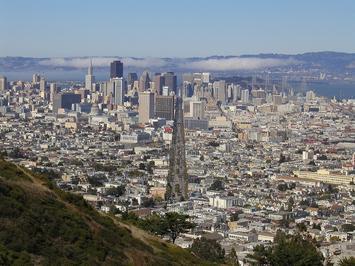 1280px-Market_Street_San_Francisco_From_Twin_Peaks.jpg