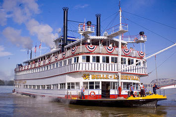 800px-Belle_of_Louisville_2.jpg
