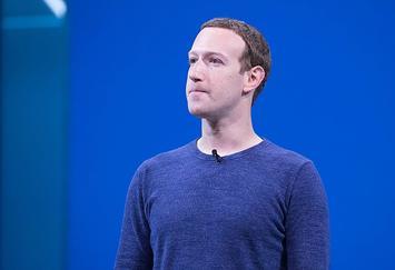 800px-Mark_Zuckerberg_F8_2018_Keynote_(41118893354).jpg