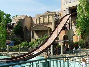 Escape_from_Pompeii_Busch_Gardens_Williamsburg.jpg