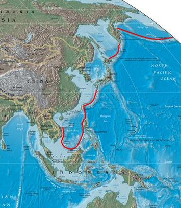 First_island_chain_perimeter_Wiki.jpg