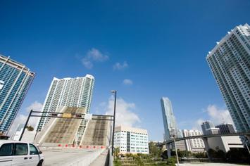 Miami - iStock_000005378607XSmall.jpg