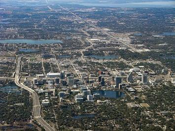 Orlando_downtown_2011.jpg