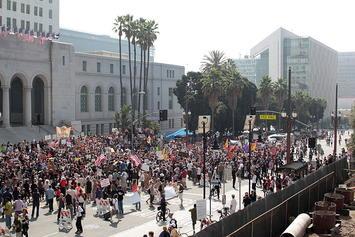 Protest_at_Los_Angeles_City_Hall.jpg