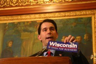 Scott_Walker-Press_Conference.jpg