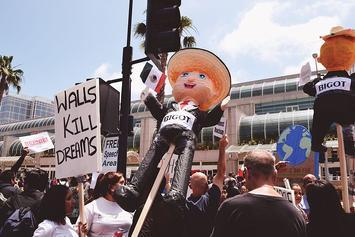 Trump_protest_San_Diego_-_May_26,_2016.jpg