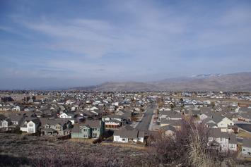 city-neighborhood-foothills-homes-886528.jpg