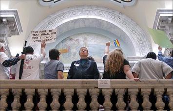 gay-marriage-rally.jpg