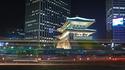 800px-Seoul-Namdaemun-at.night-02.jpg